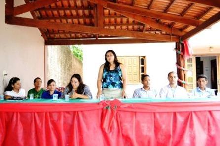 A coordenadora Municipal de Juventude Rayana Gondin fez a abertura do evento