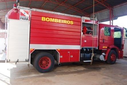 Jatene mandou um caminhão bombeiro para Parauapebas