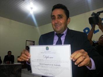 Prefeito eleito de Canaã dos Carajás recebe diploma da JE