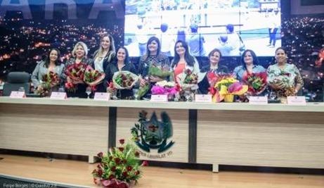 Júlia, Lorene, Alane, Ângela, Joelma, Eliene, Terezinha, Cimeire e Cleo