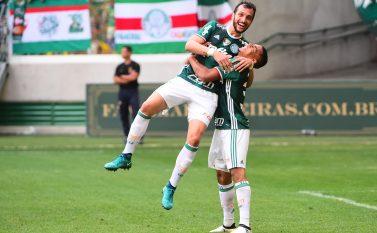 É enea! Palmeiras vence a Chapecoense e conquista o Campeonato Brasileiro