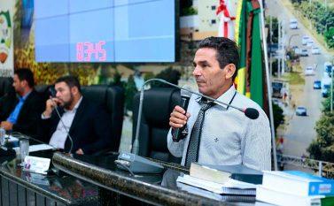 Decisões de Alexandre Pereira são duramente criticadas em Sessão Ordinária