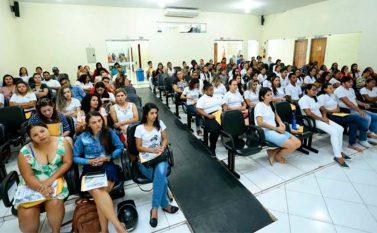 Profissionais de Enfermagem de Canaã comemoram data com workshop