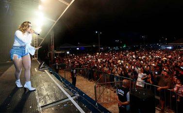 5ª ExpoCanaã segue hoje com show de Mano Walter