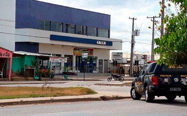 Ourilândia: Gerente da Caixa aguarda peritos com bombaamarrada ao corpo