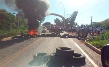 Escassez de emprego em Curionópolis provoca interdição da Rodovia PA-275