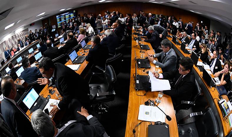 Coluna Direto de Brasília #64 – Por Val-André Mutran