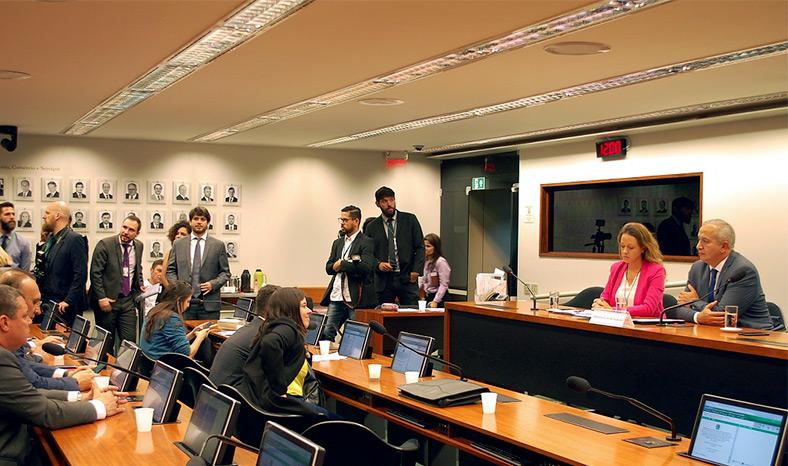 Câmara Federal instala comissão que analisará regulamentação do canabidiol