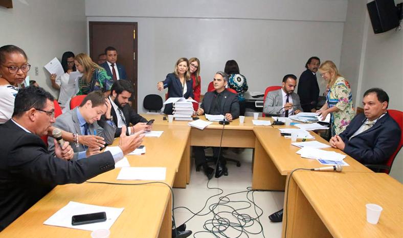 Comissão de Finanças da Alepa acata 268 das 1.092 emendas ao PPA