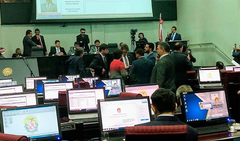 Debates empurram para a próxima semana, na Alepa, votação de projetos da PM