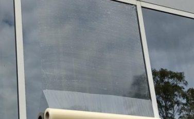 Prefeitura de Canaã vai colocar R$ 145 mil de películas em vidros de escolas