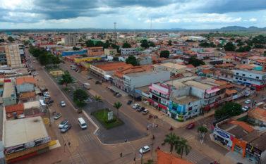 Empresa oferece R$ 16 milhões e fatura megacontrato de asfalto em Canaã