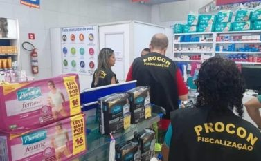 Procon de Tucuruí faz fiscalização na rede comercial para evitar preços abusivos