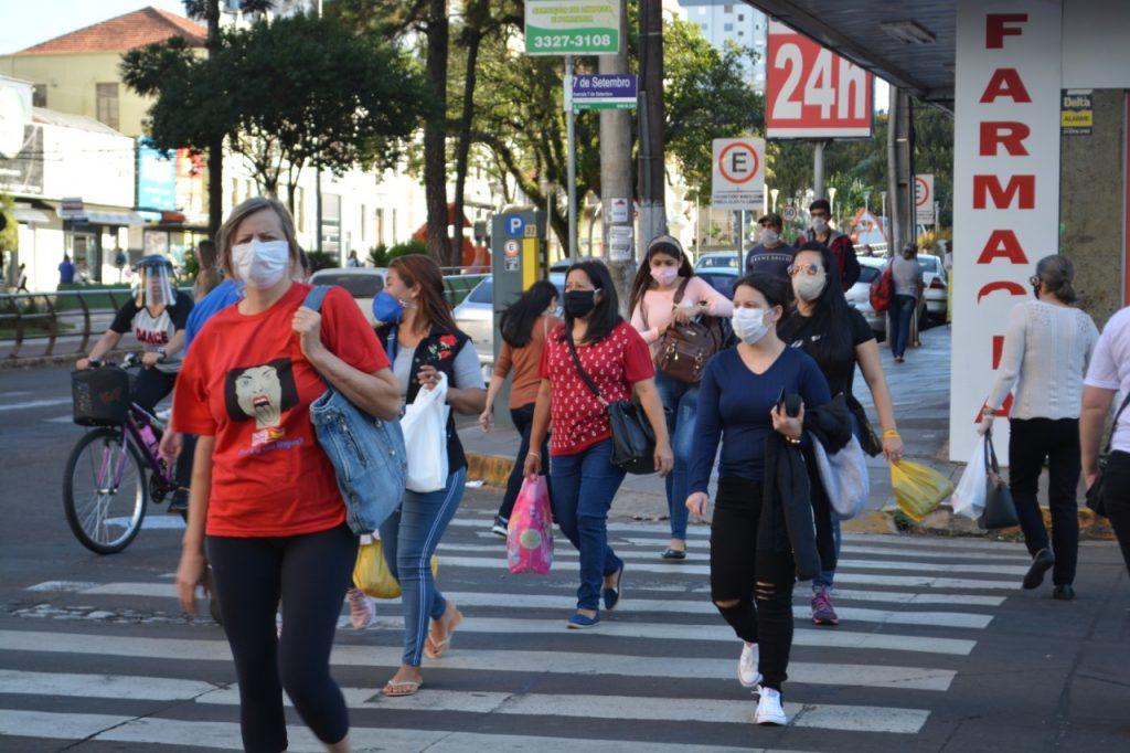 Aprovado na Câmara dos Deputados projeto que obriga uso de máscaras em todo o território nacional