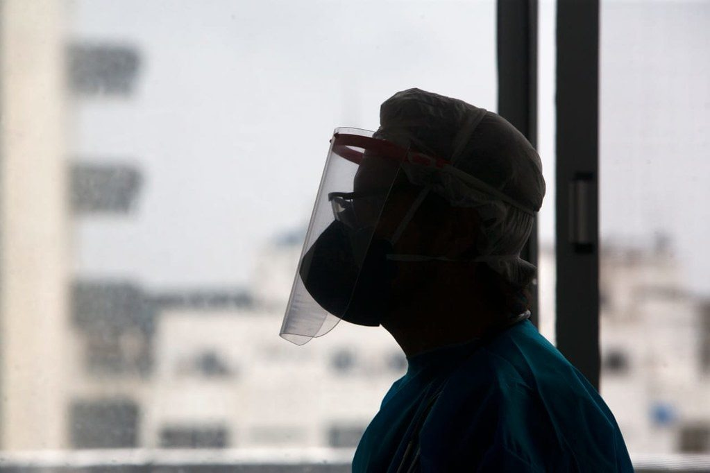 Conselho registra mais de 400 contaminações e 20 óbitos entre profissionais da Radiologia