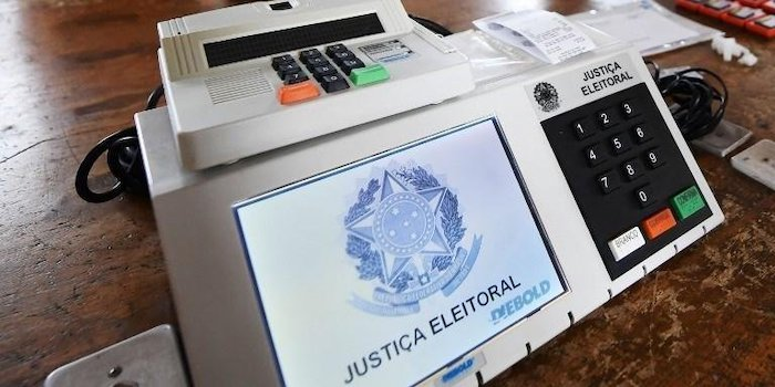 Prefeitos querem suspensão das eleições em 2020