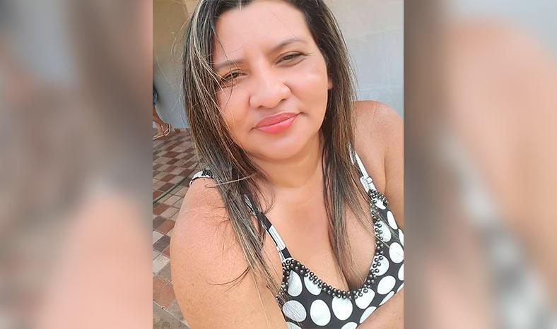 Polícia prende mulher acusada de pertencer a quadrilha de traficantes de drogas