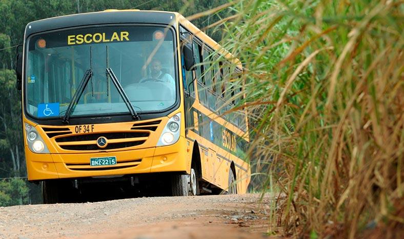 Repartimento abre pregão para contrato de transporte escolar