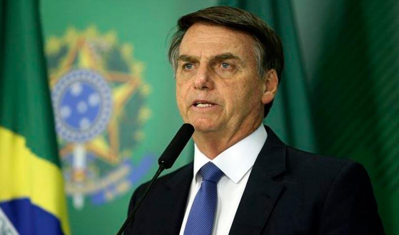 "Bolsonaro: ""Se passar vou vetar"", promete presidente sobre projeto de fake news"