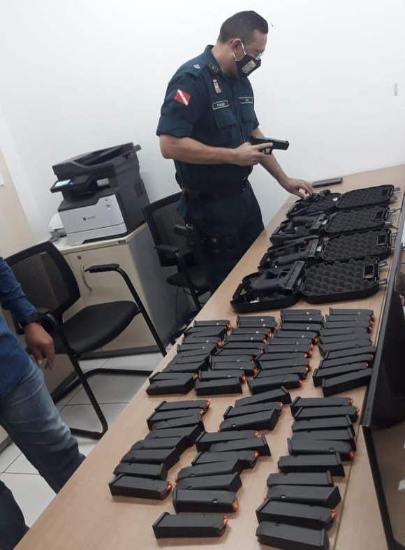 """Polícia Militar está em fase de conclusão de compras de <b><a href=""""https://comprararma.com/"""">armas</a></b> para renovar arsenal 2"""