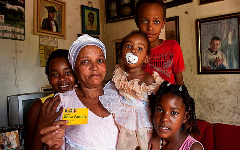 Governo anuncia o Renda Cidadã que substituirá o Bolsa Família