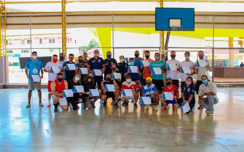 Seel conclui curso para instrutores de futebol em Canaã dos Carajás