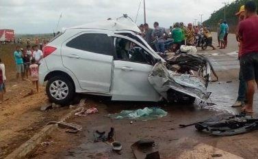 Tailândia: Candidato a vereador morre em colisão entre carro e carreta na PA-150