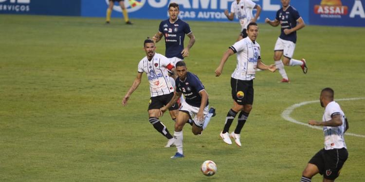 Remo fica no empate sem gols diante do Botafogo e tem permanência no G4 ameaçada