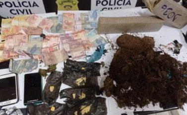 """Jacundá: Quarteto preso vendida droga no débito aos """"clientes"""""""